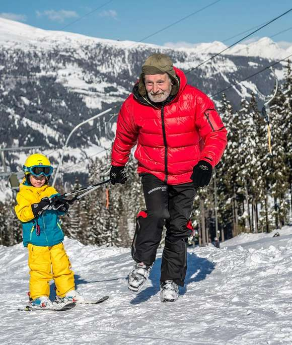 skiing with children at Katschberg Aineck